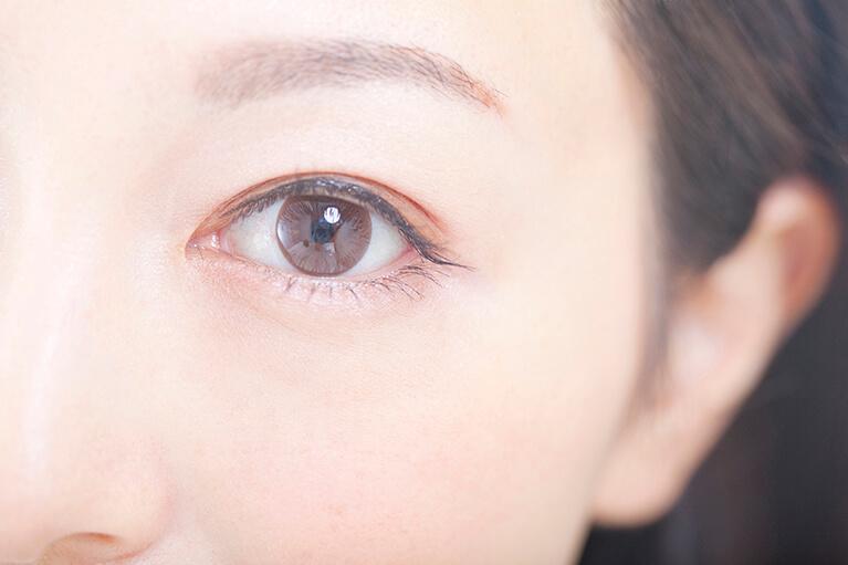 目元の美容外科